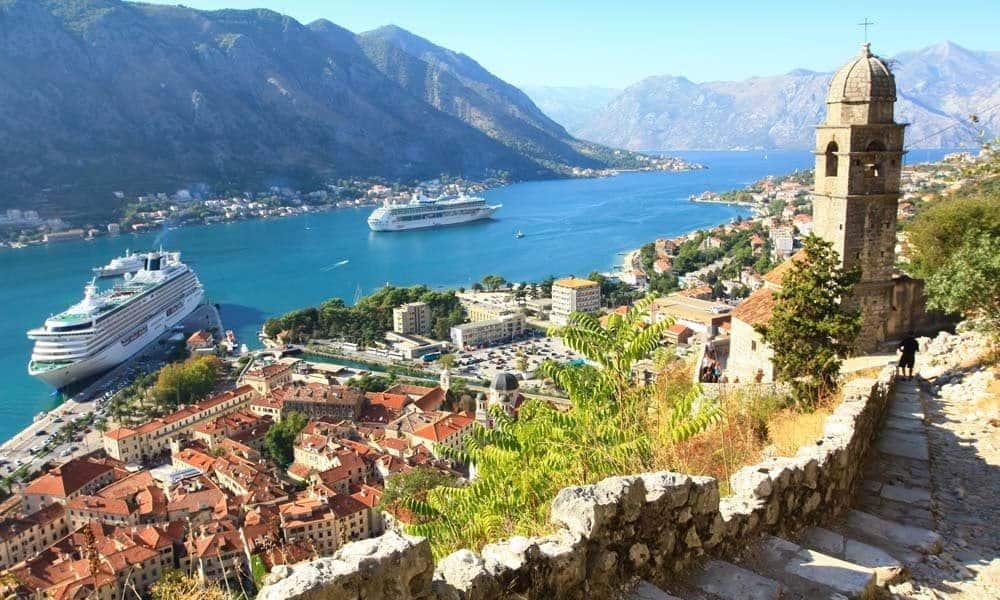 Golful Kotor, o destinatie de film cu pirati