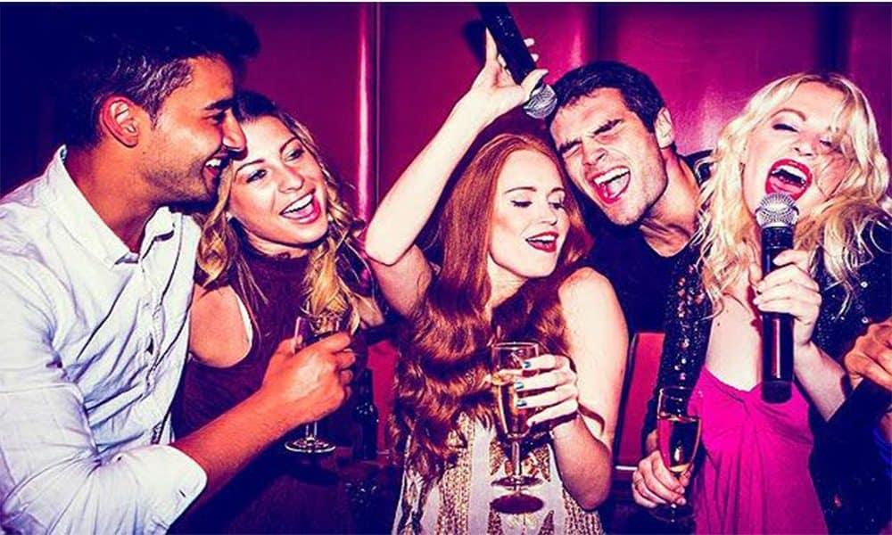 motive sa mergi la o seara de karaoke