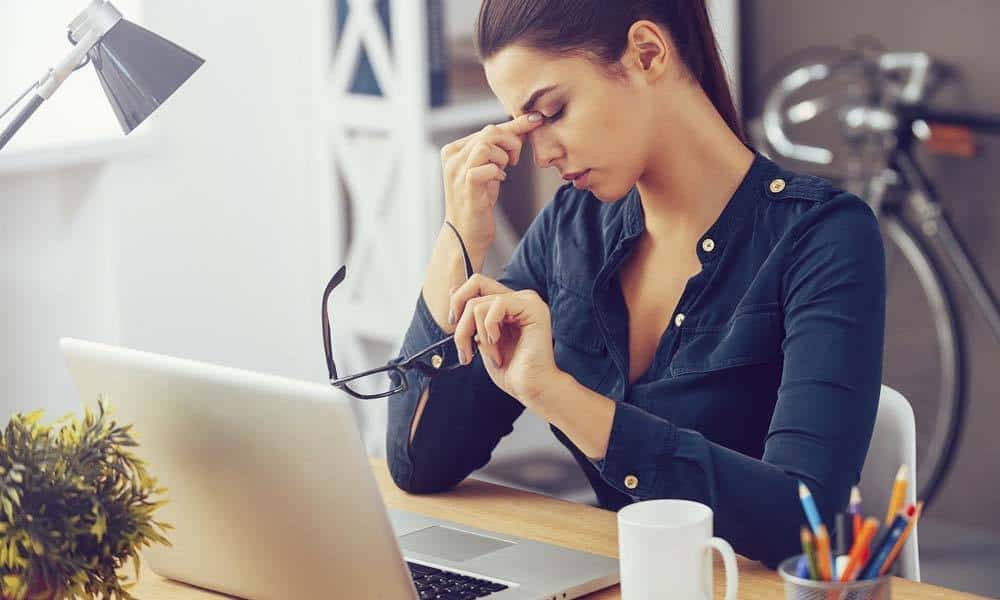 Combate somnolenta prin trei metode simple