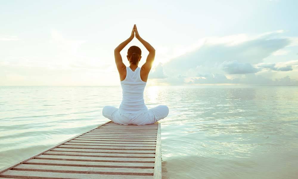 Ce este yoga si cu ce ne ajuta