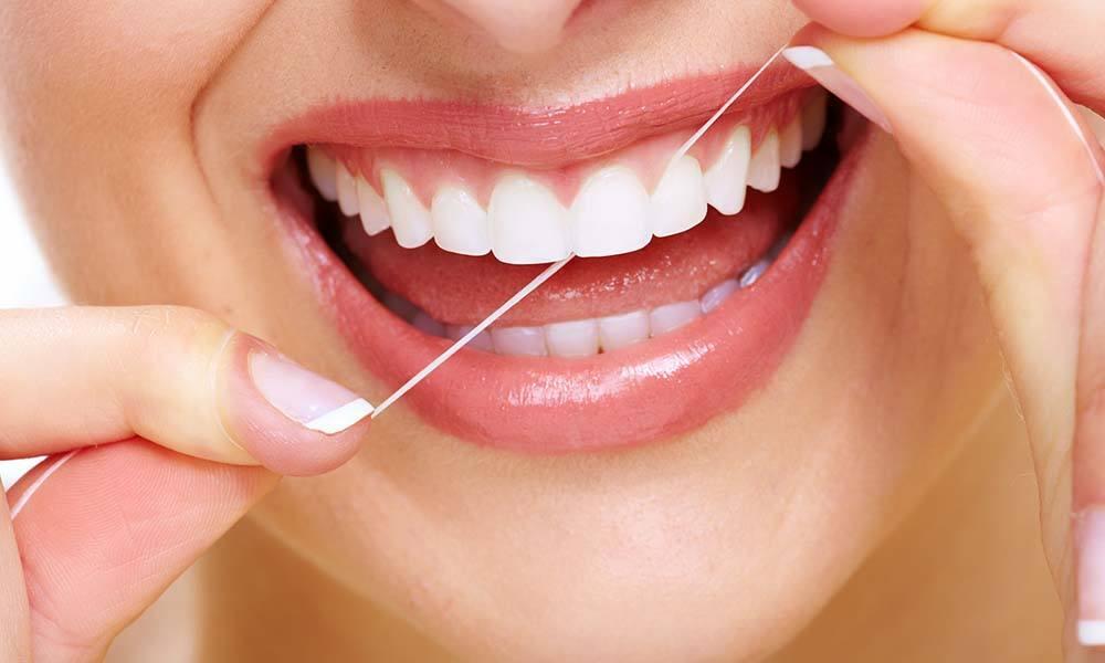 Ingrijirea gingiilor sensibile – sfaturi si ponturi