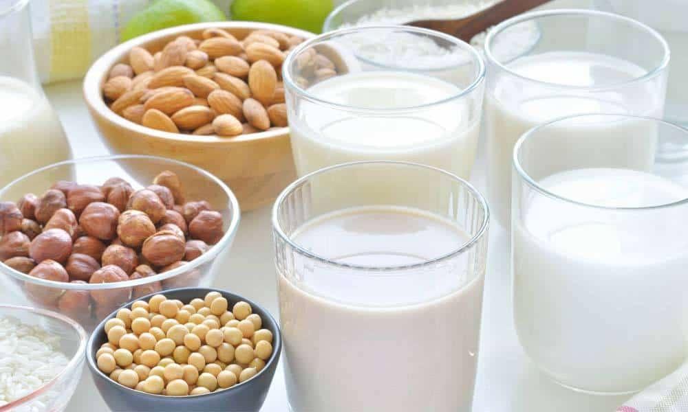 Cele mai sanatoase tipuri de lapte vegetal