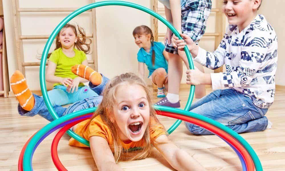 Cum alegi activitatile distractive pentru copii
