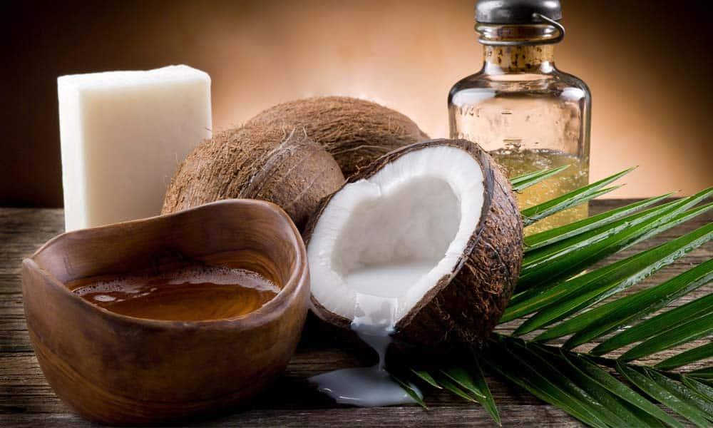 Beneficiile uleiului de cocos pentru piele si organism