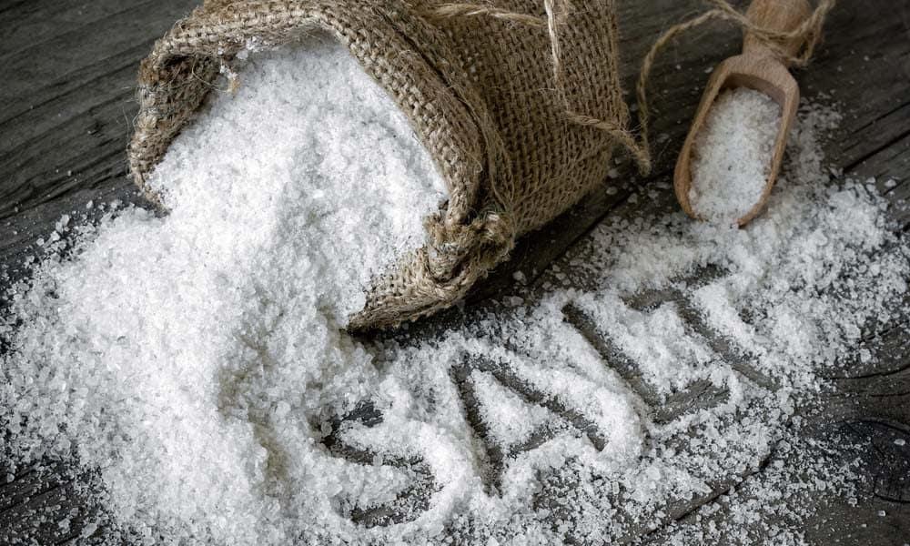 Cum ne poate ajuta sarea sa avem o locuinta mai sanatoasa