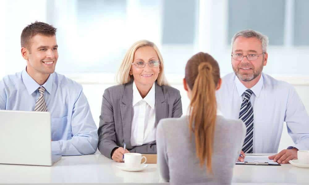 Greseli de evitat la interviul de angajare. Ce sa nu faci pentru a lasa o impresie buna
