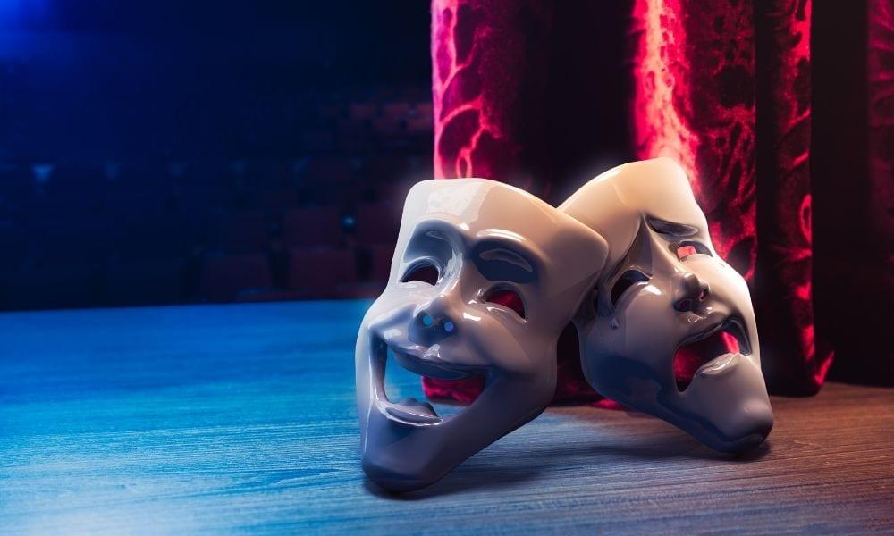 Cum ne ajuta cursurile de teatru sa fim mai comunicativi