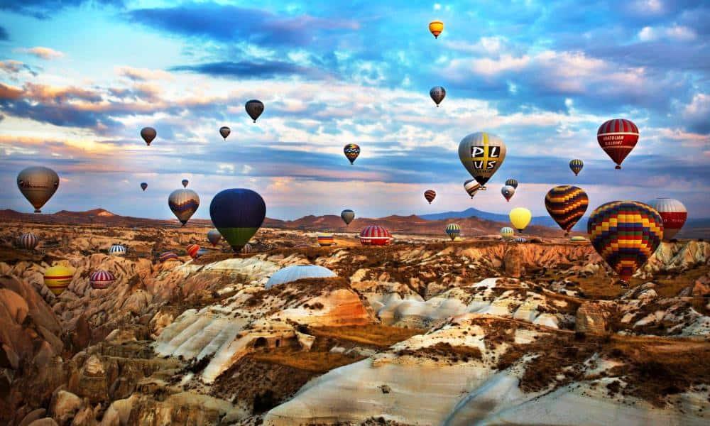 Cinci motive sa planuiti o minivacanta in Capadocia