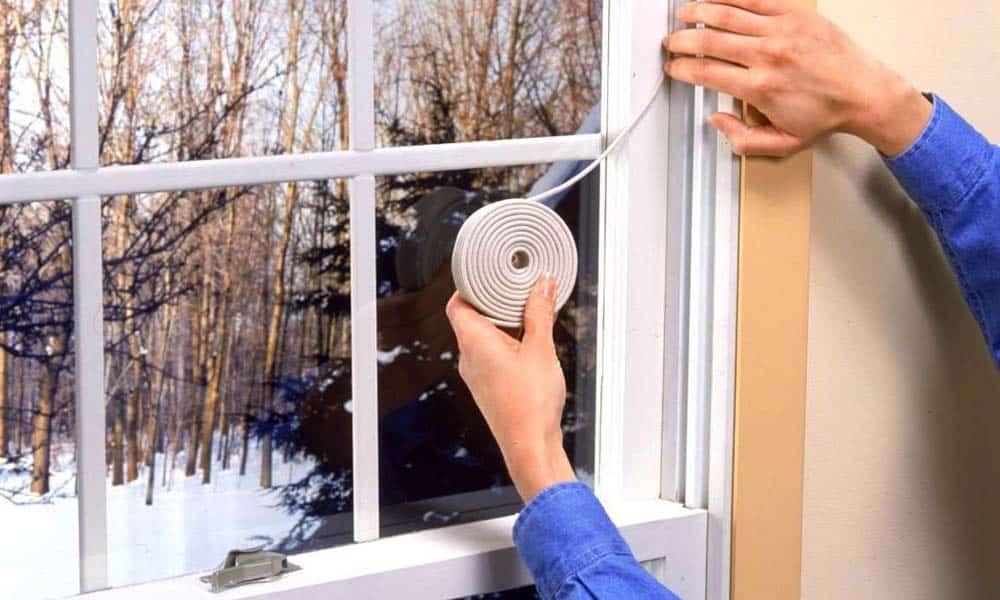 Solutii accesibile pentru ferestre si usi mai bine izolate